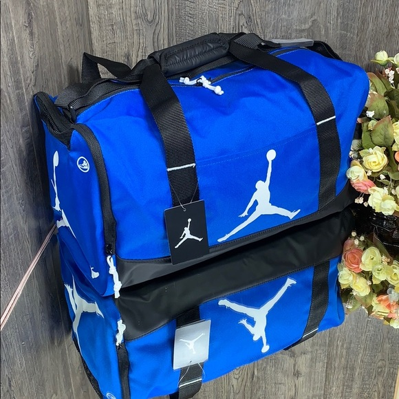 ??NWT NIKE Air Jordan Elemental DUFFLE BAG bluebl NWT